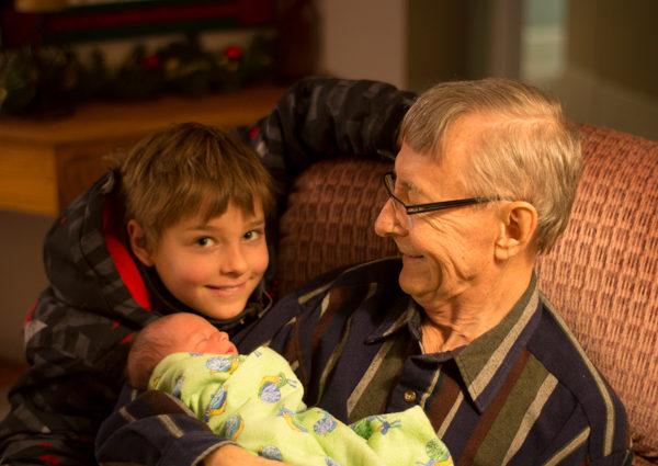 Grandpa and grandkids-0001
